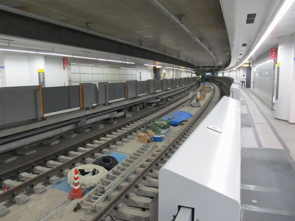中央2線の使用開始に向けた準備が進む副都心線渋谷駅