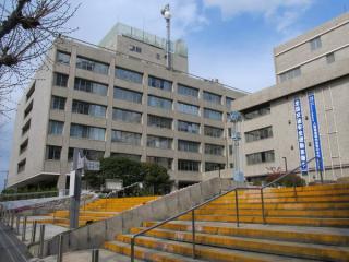 品川区役所本庁舎(第1庁舎)と総合庁舎(第2庁舎)