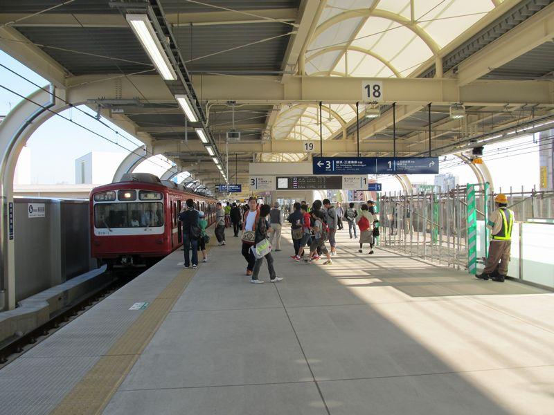 高架化が完成した京急蒲田駅