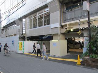 JR蒲田駅側の出入口。
