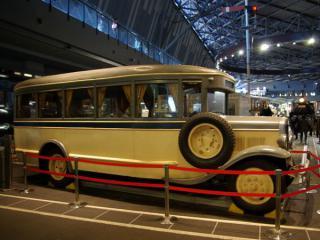 リニア・鉄道館に譲渡された国鉄バス1号車。