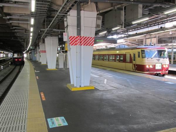 品川駅9・10番線ホーム