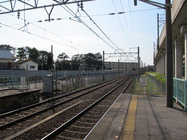 北初富駅の先も仮線用地が確保済みとなっている。