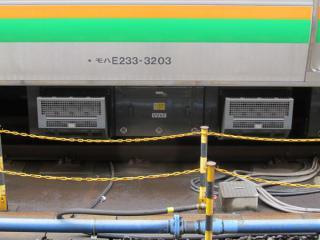 2011年以降の増備車が使用するSC98形VVVFインバータ装置。