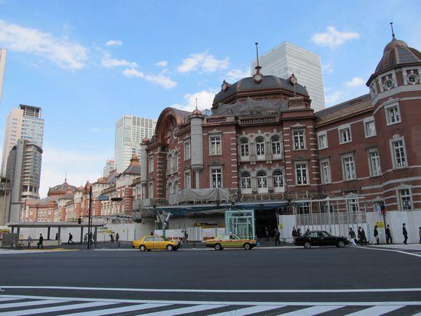 創建当時の形に復原された東京駅丸の内赤レンガ駅舎