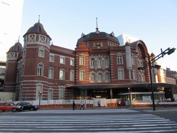 復原後の東京駅赤レンガ駅舎。