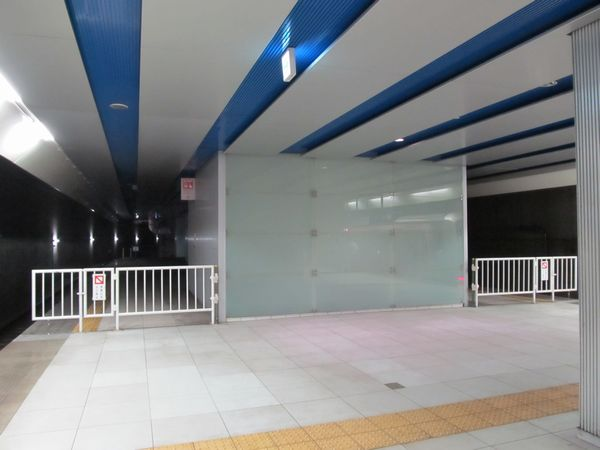 ホーム延長が完了したみなとみらい駅元町・中華街方。