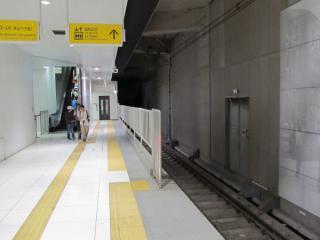 元町・中華街駅終端側に延長されたホーム(2番線)