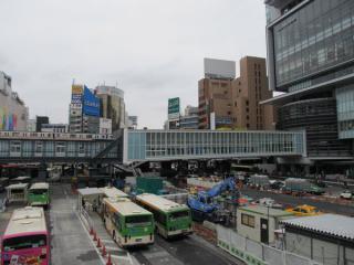 東口駅前ロータリー上空に完成した渋谷駅~渋谷ヒカリエ連絡通路