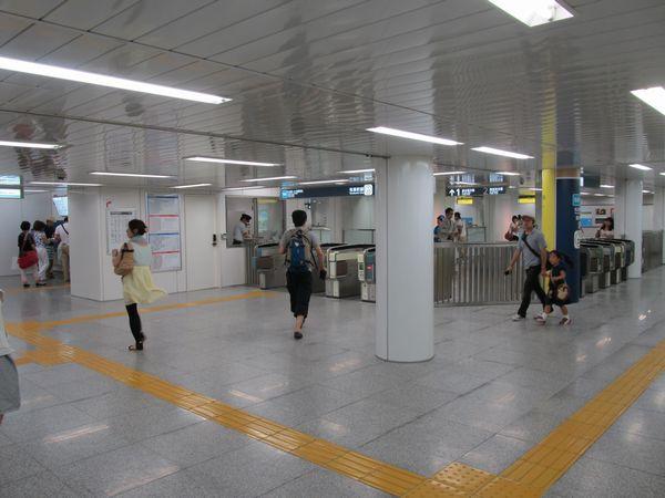 6月9日より利用開始となった「ららぽーと方面改札口」。