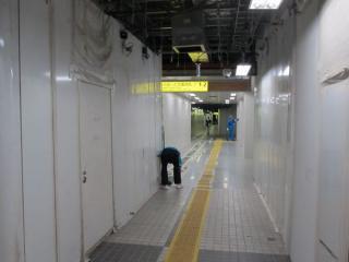 エスカレータの利用開始に伴い、地下2階の内装も一部リニューアルされた。