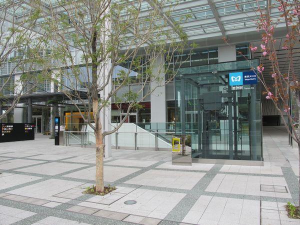 2011年6月に新設された豊洲駅1c出入口