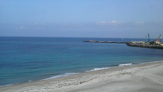 5月4日 朝の海