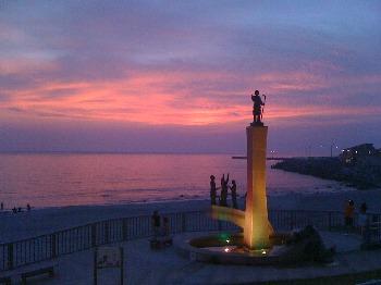 前浜の夕日