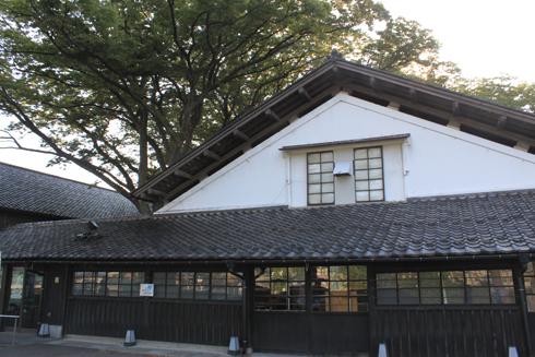 山居倉庫-1
