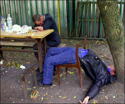 http://blog-imgs-50.fc2.com/t/h/e/thecrystalskull/drunk18_m.jpeg
