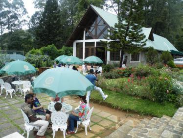ヌワラエリアの紅茶園の茶屋