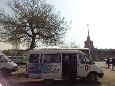ボルビラップ行きのバス
