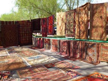 青空市場の絨毯
