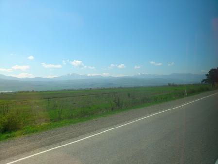 クタイシへ向かうときの景色