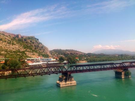 シュコドラの橋