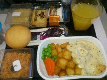 ドバイからの機内食