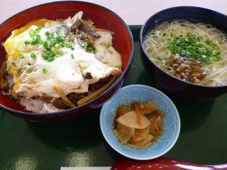 s手揉みゼンマイ卵丼1