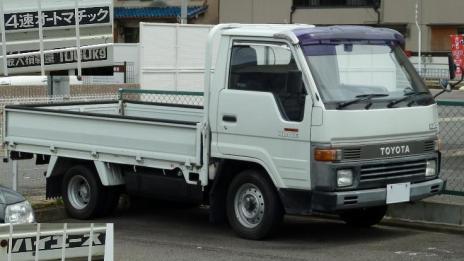 H80・90_HIACE_Truck 120805-1