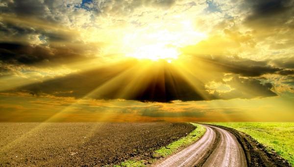 光りへの道image
