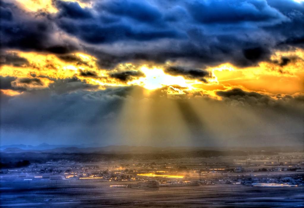 雲間からの光りimage