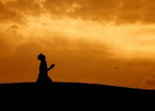 祈りの姿image