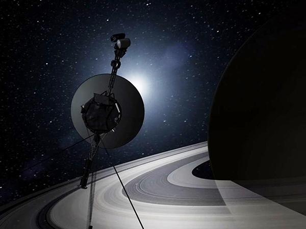 ボイジャーと土星imager