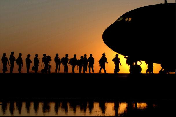 兵士の搭乗image