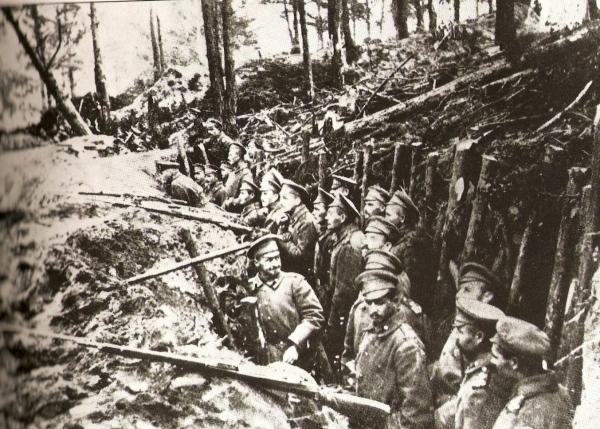 ロシア革命時の塹壕image
