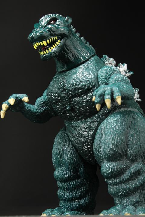TrendMaster_Godzilla_12.jpg