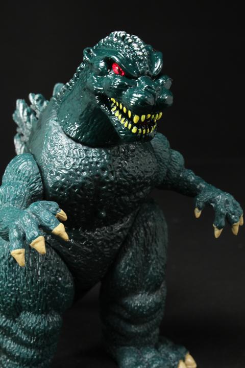 TrendMaster_Godzilla_14.jpg