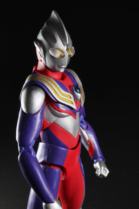 UA_ultramantiga_04.jpg