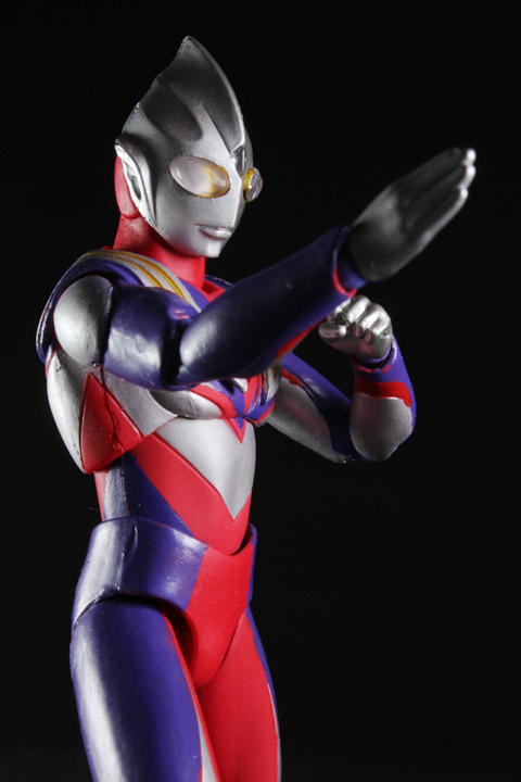 UA_ultramantiga_08.jpg