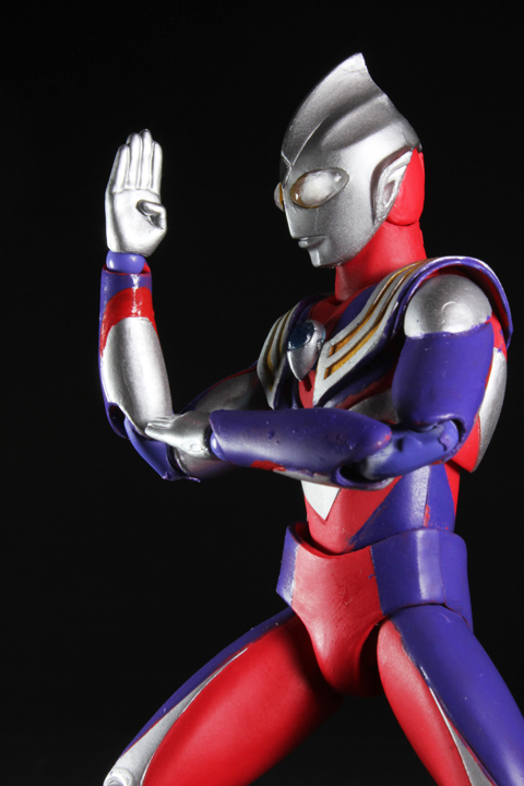 UA_ultramantiga_09.jpg