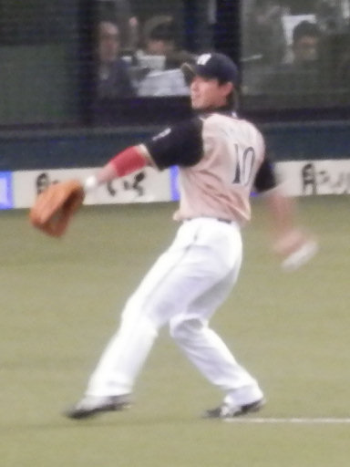 10赤田選手よ