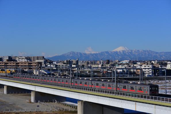 2013年1月18日 東急東横線 多摩川~新丸子 9000系9012F