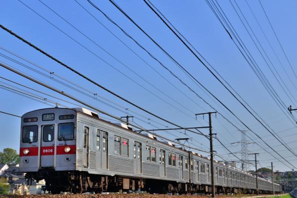 2013年4月15日 東急田園都市線 すずかけ台~つくし野 8500系8606F