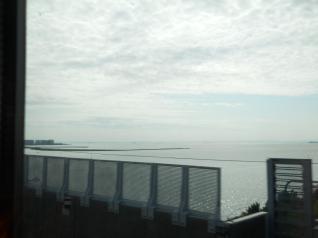 京葉線から海