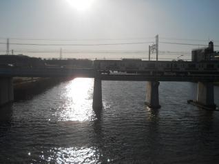 黄昏の鶴見川橋梁