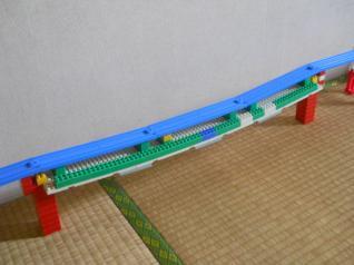 ダイヤブロック使用の鉄橋