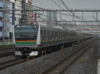 E233系タカL02編成