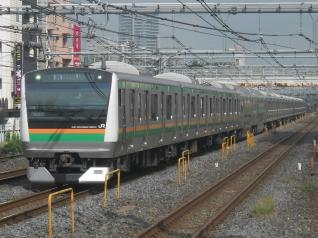E233系タカL05編成