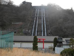 八ッ沢発電所建屋&水圧鉄管