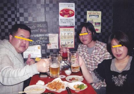 誕生日にふらいぱんカフェのスタッフが撮ってくれたデジカメ記念写真
