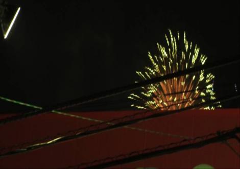 2012沼津市花火大会の花火をデジカメで撮影したのよね